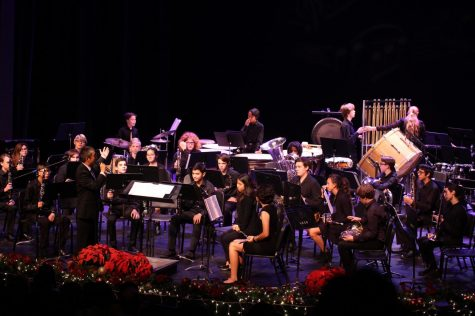 Students perform for the holiday season